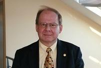 Hans Bergström Hans Bergström är docent i statsvetenskap och tidigare utgivare för Dagens Nyheter. Han är ursprunglig initiativtagare till Forska!Sverige.